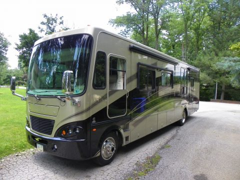 fully loaded 2007 Tiffin Allegro Bay Motor Home camper for sale