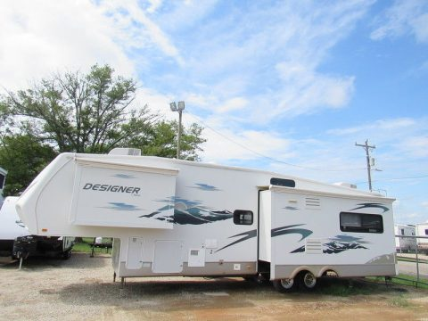 luxury 2008 Jayco Designer 35 RLTS camper for sale