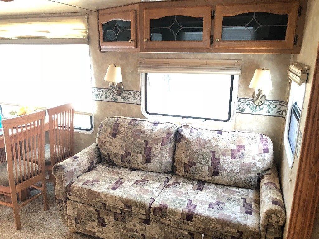 super clean 2008 Forest River camper trailer