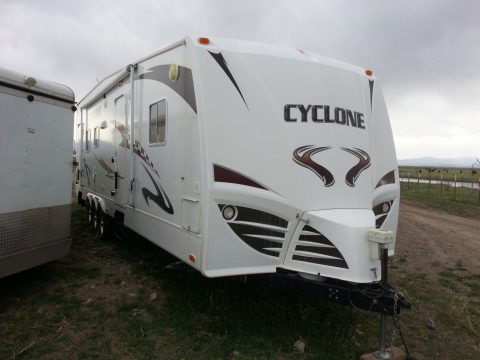 toy hauler 2008 Heartland Cyclone m 3010 TT camper for sale