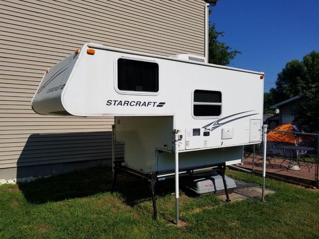 versatile 2008 Starcraft M 800HS camper