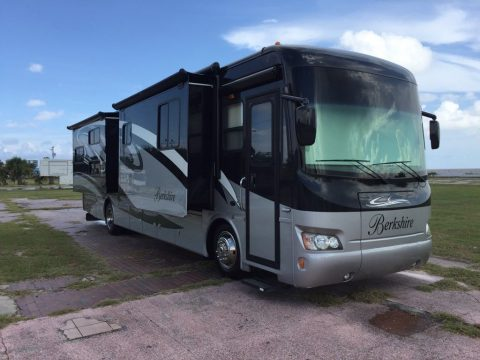excellent shape 2010 Berkshire Class A Diesel pusher camper for sale