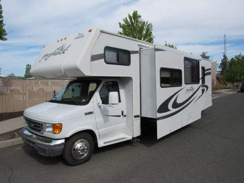low mileage 2008 Jayco Greyhawk 31SS camper for sale