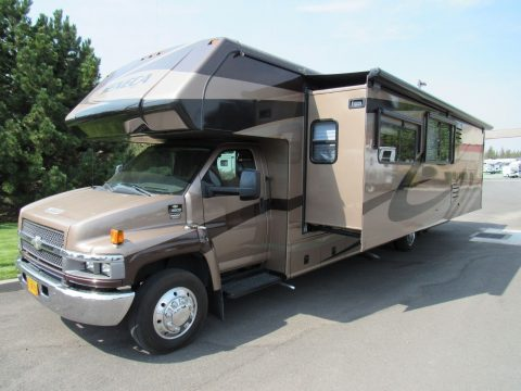 low miles 2008 Jayco Seneca 36MS camper for sale