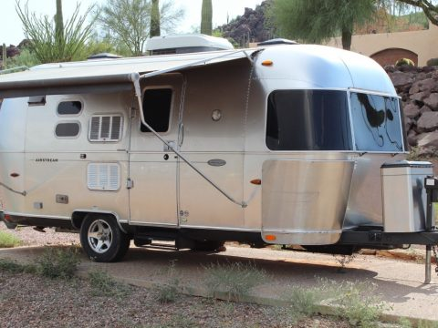 well equipped 2010 Airstream Flying Cloud camper for sale