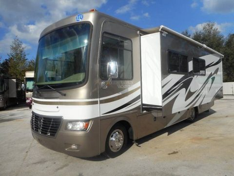 clean serviced 2011 Holiday Rambler Vacationer 30SFS camper for sale