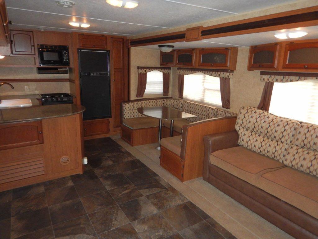 equipped 2013 Dutchmen 318RKDS camper