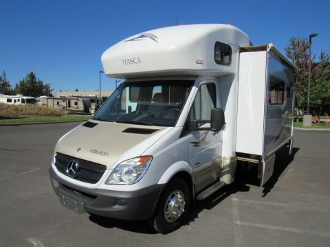 excellent shape 2011 Itasca Navion camper for sale
