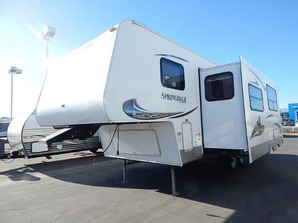 well equipped 2011 Keystone Springdale 249 camper
