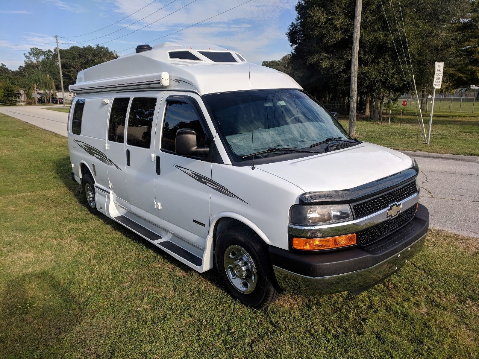 low miles 2014 Roadtrek Ranger RT camper for sale