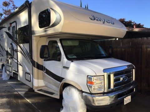 excellent shape 2015 Jayco Grey Hawk Motorhome camper for sale