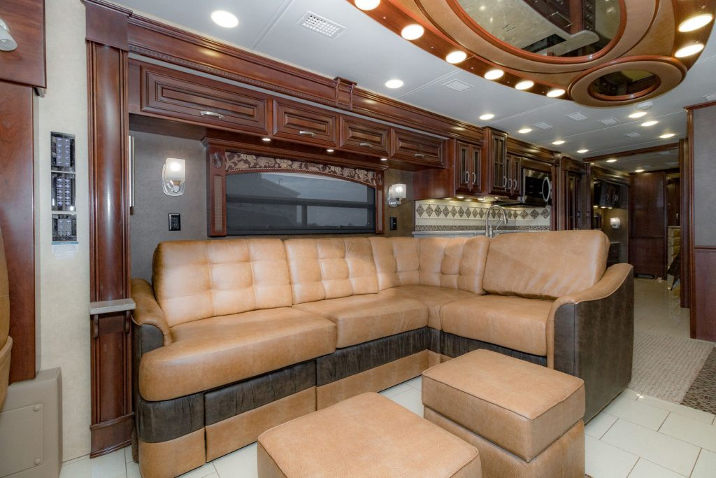 Loaded 2015 Entegra Coach Anthem 44B Camper