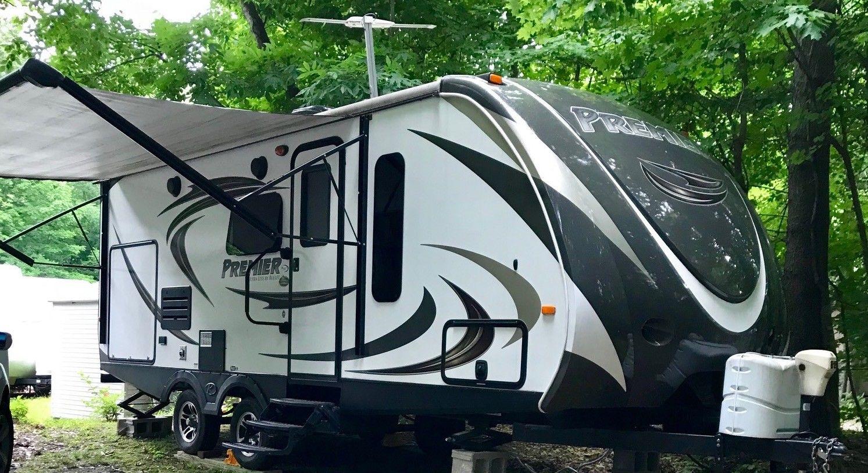 loaded 2015 Keystone Bullet Premier 22RBPR camper