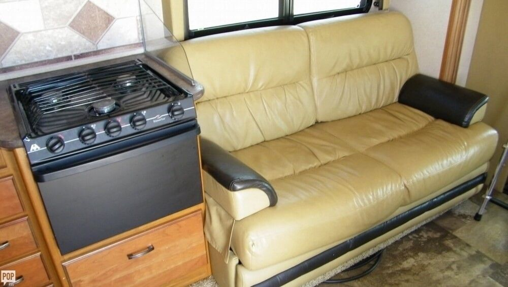 well equipped 2015 Jayco Redhawk 31 XL camper