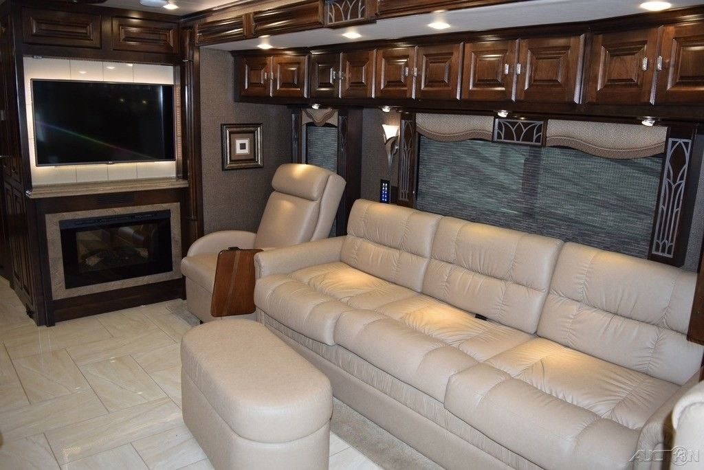 comfortable 2016 Tiffin Allegro Bus 40AP camper