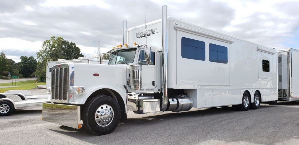 one of a kind 2016 Peterbilt Showhauler camper for sale
