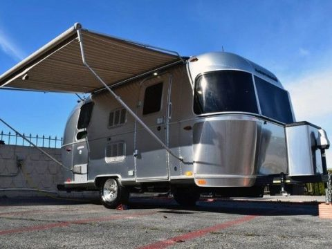 stunning 2016 Airstream International M 19 Serenity camper for sale