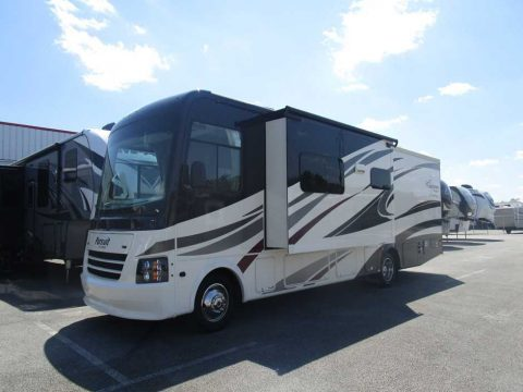 well equipped 2017 Pursuit 33BHPF camper for sale