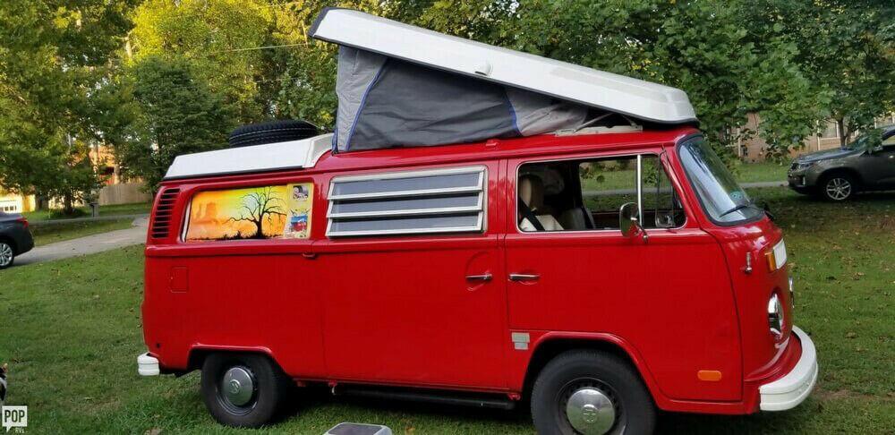 timeless classic 1972 Volkswagen 17 camper
