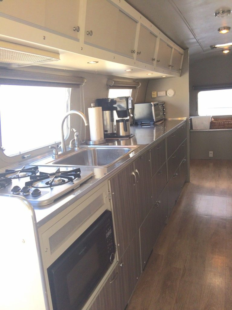 garage kept 1974 Airstream Sovereign 31′ camper