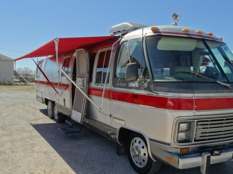 great shape 1987 Airstream 345 Classic camper for sale
