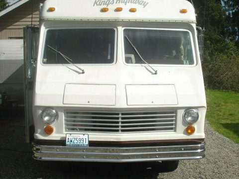 very clean 1977 Kings Highway camper for sale