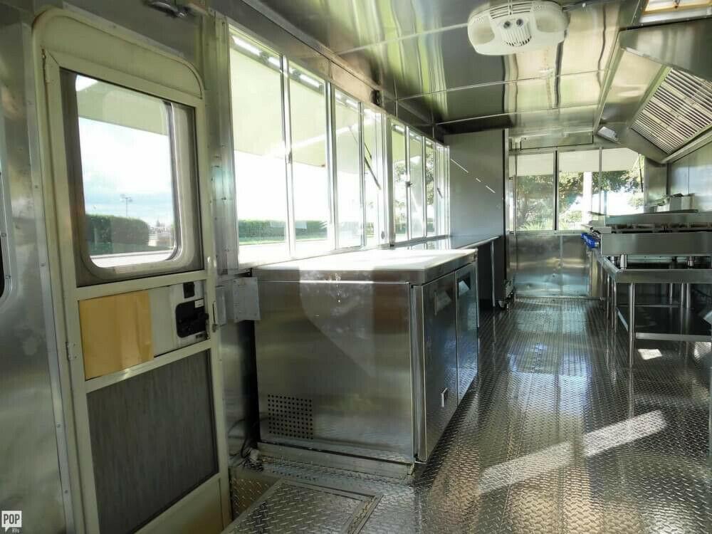 food truck 1994 Winnebago camper