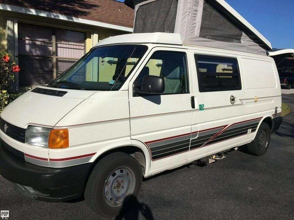 versatile 1995 Volkswagen Eurovan Camper