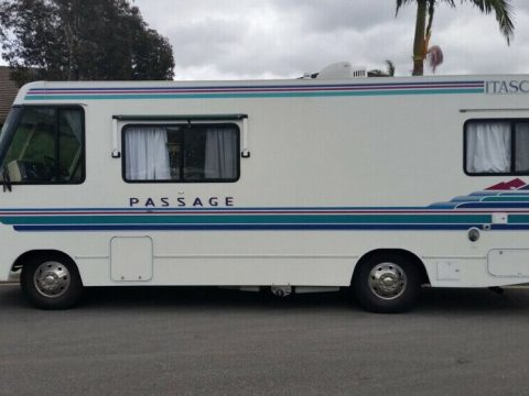 well equipped 1995 Winnebago Itasca Passage 25RU camper for sale