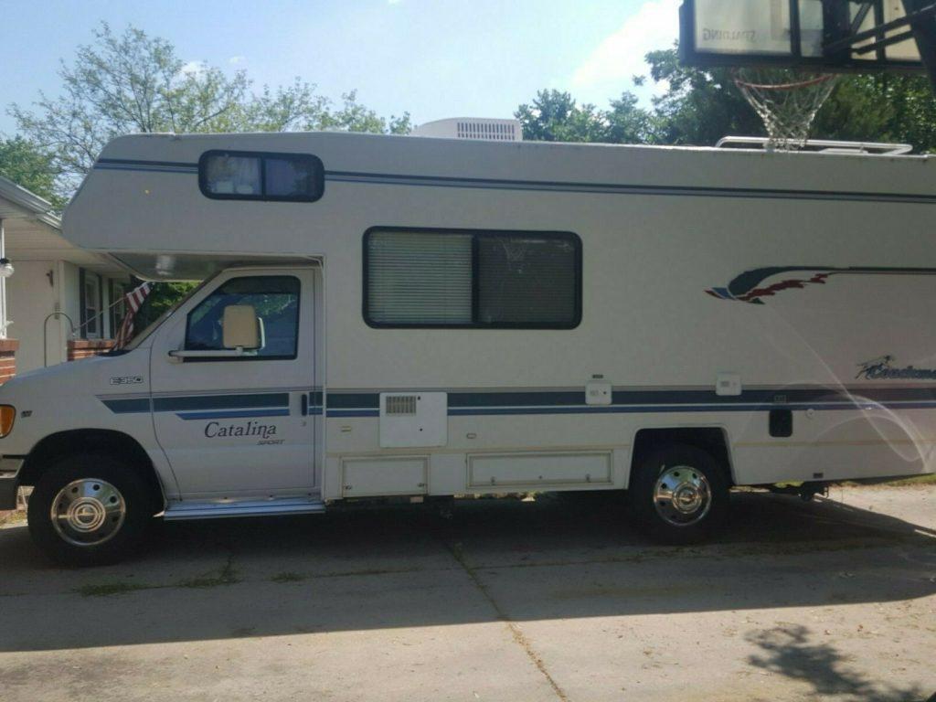 great shape 1997 Coachmen camper for sale