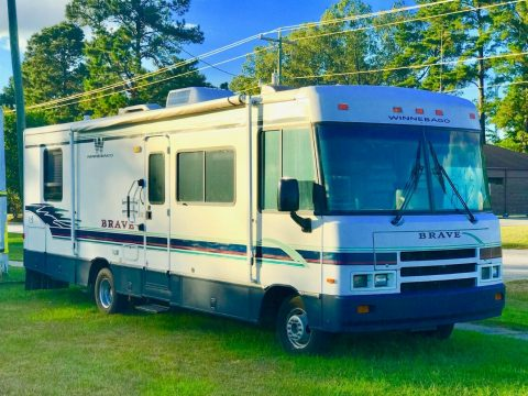 newly renovated 1997 Winnebago Brave camper for sale