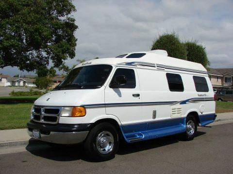 fully loaded 2000 Roadtrek 190 Popular Dodge 3500 5.2L camper for sale