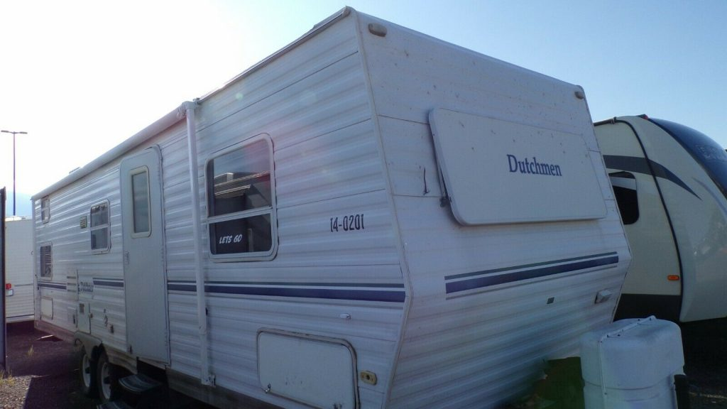 well equipped 2002 Dutchmen 31BHS camper