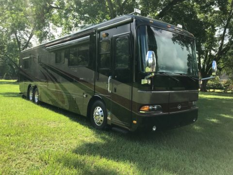 loaded 2003 Monaco Dynasty camper for sale