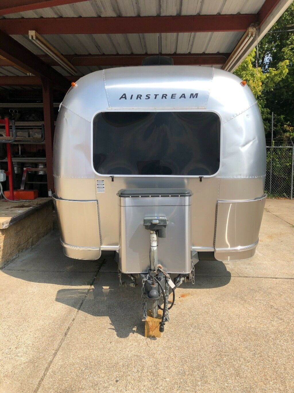serviced 2004 Airstream Safari LS 25ft camper for sale