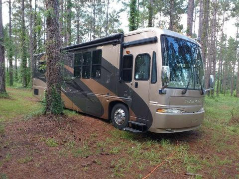 minor issues 2006 National TRADEWINDS camper for sale