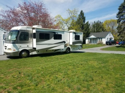 well equipped 2005 Georgie Boy L.E. camper for sale