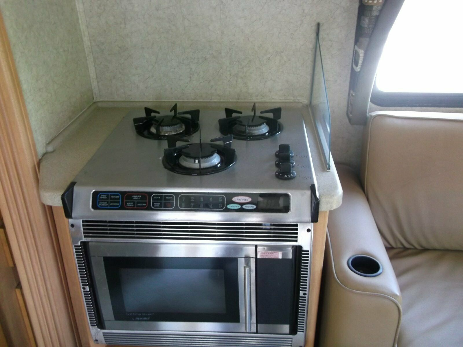 everything works 2007 Jayco Melbourne 29C C Class Motorhome