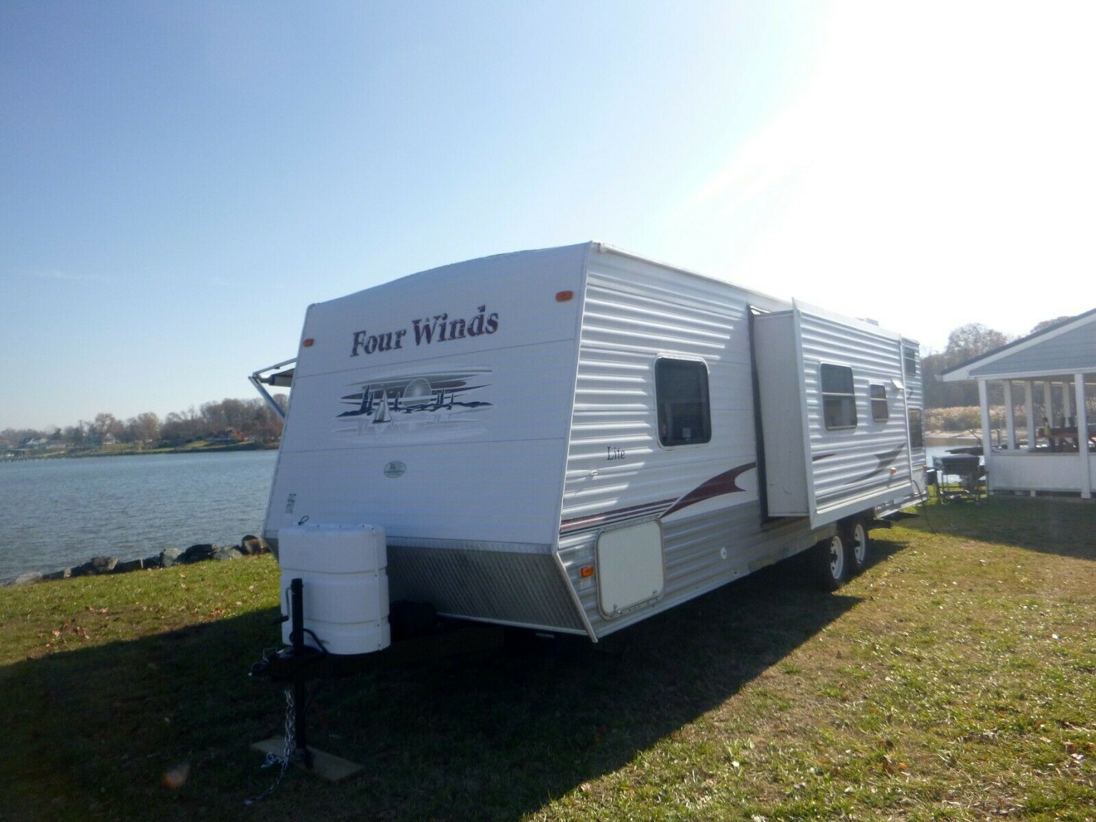 great looking 2007 Four Winds camper for sale