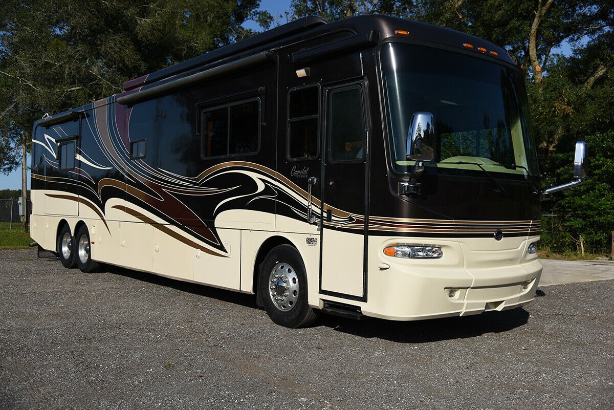 loaded 2007 Monaco Camelot camper for sale
