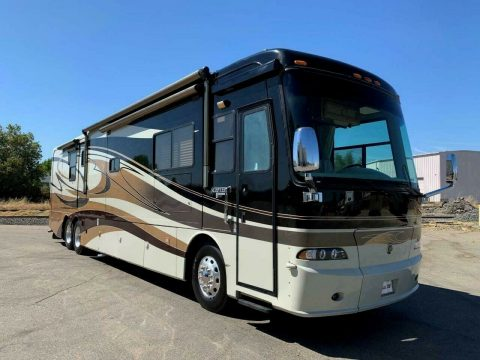 well equipped 2007 Holiday Rambler Scepter 42SFT camper for sale