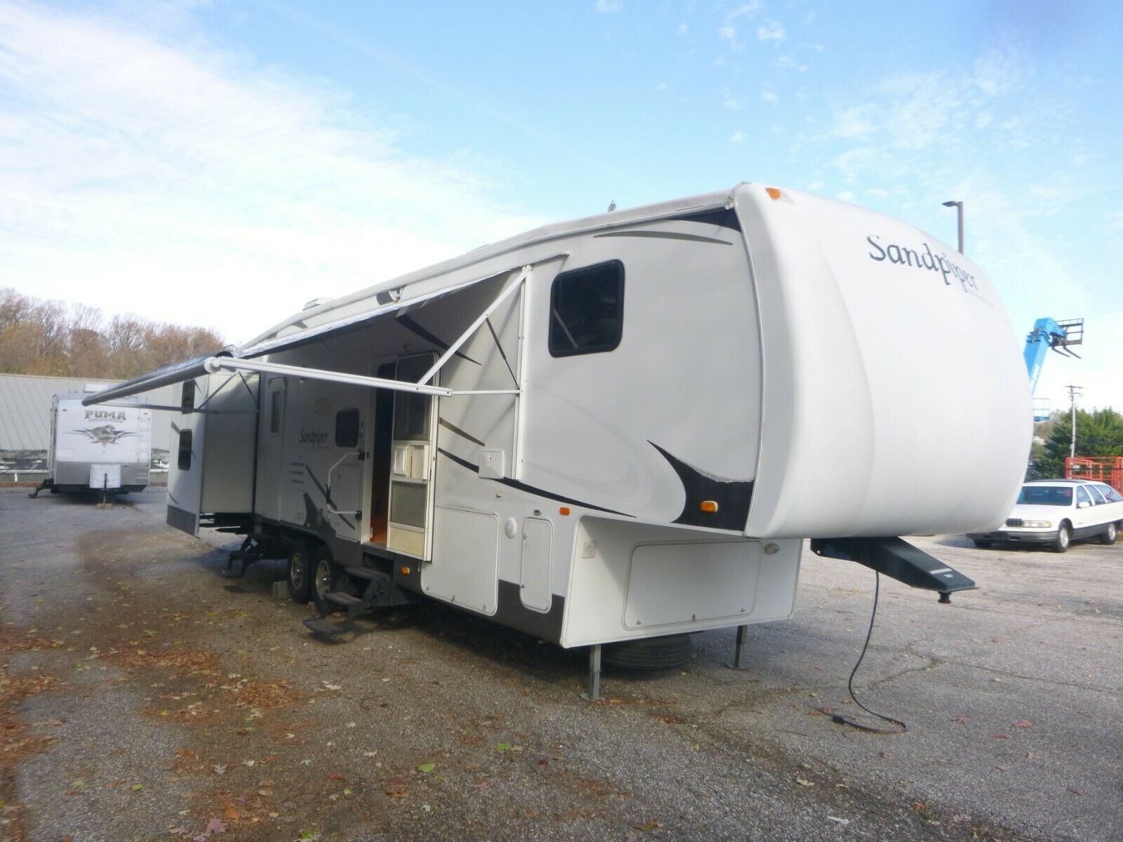 fairly decent 2009 Forest River Sandpiper camper for sale