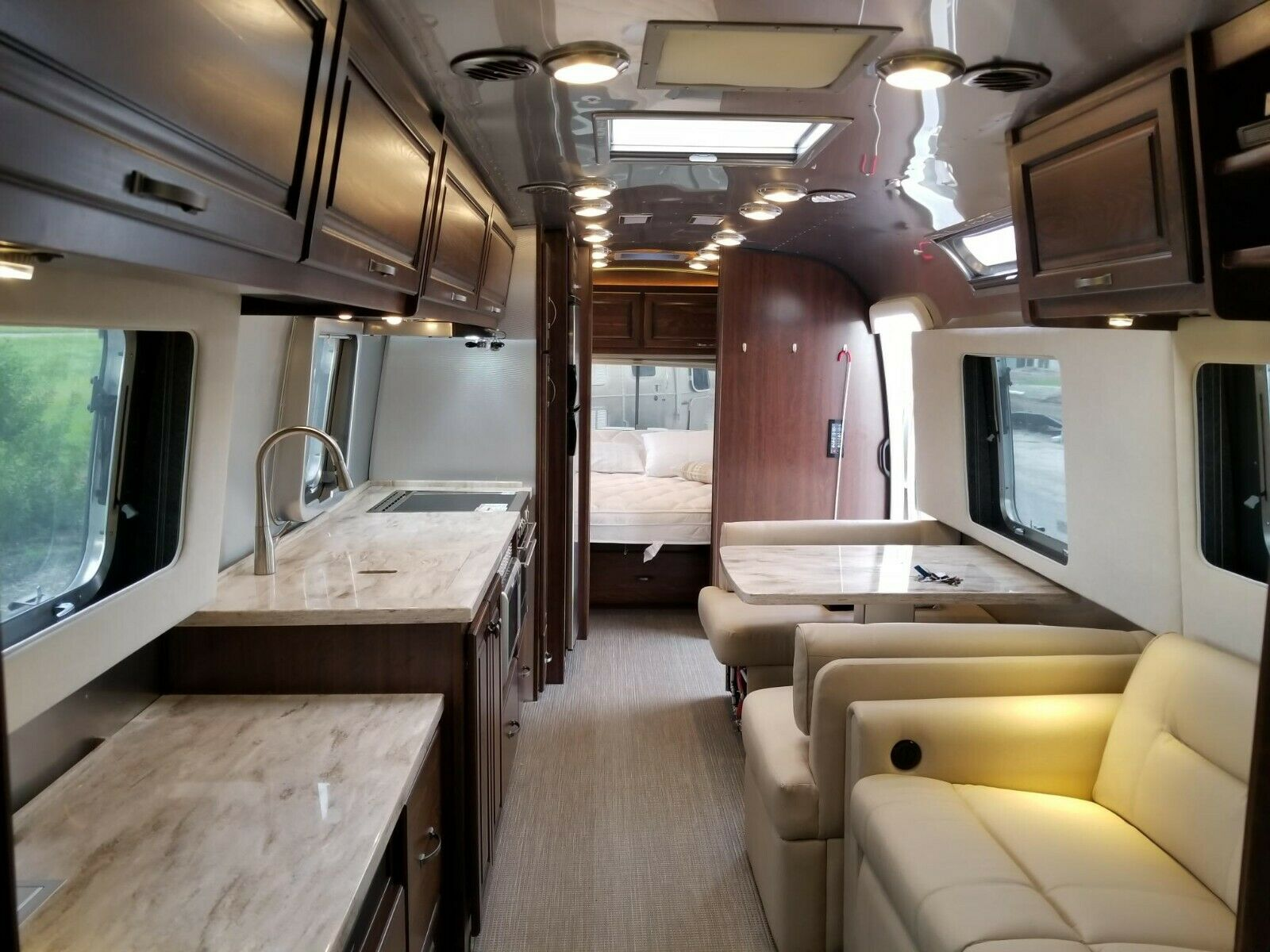 Meticulously maintained 2018 Airstream Classic 33FB camper