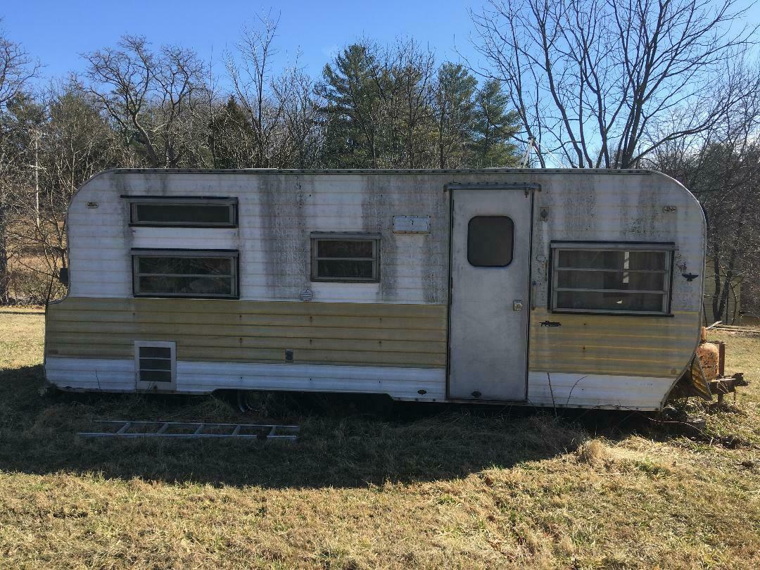 needs restoration 1969 Coachmen camper for sale