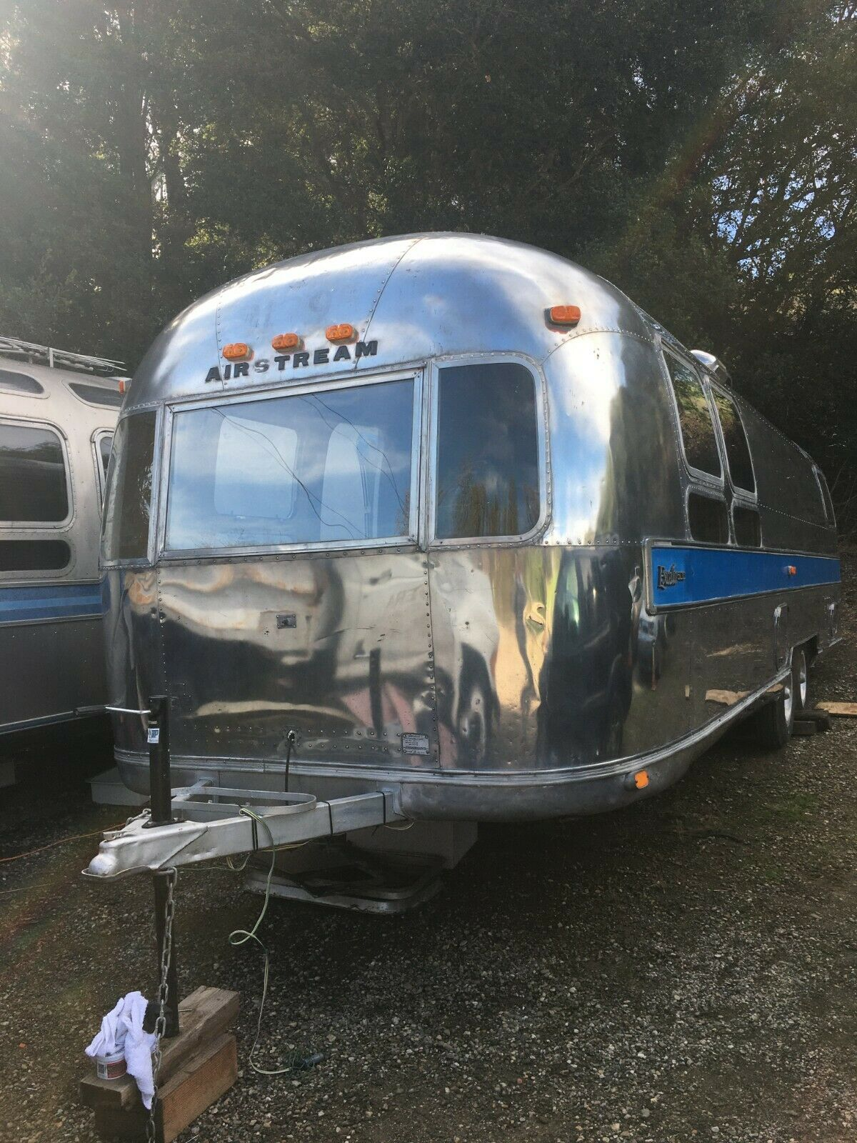 needs work 1974 Airstream Sovereign camper for sale