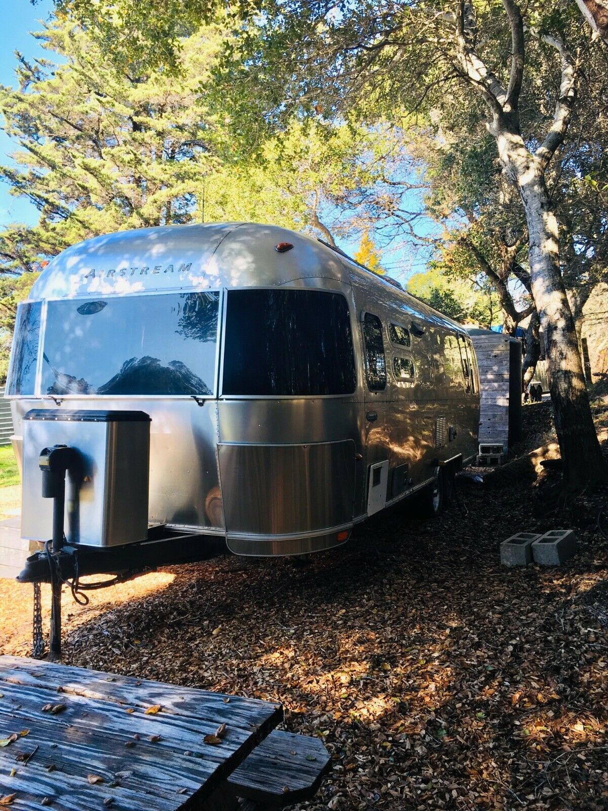 well equipped 2004 Airstream International camper