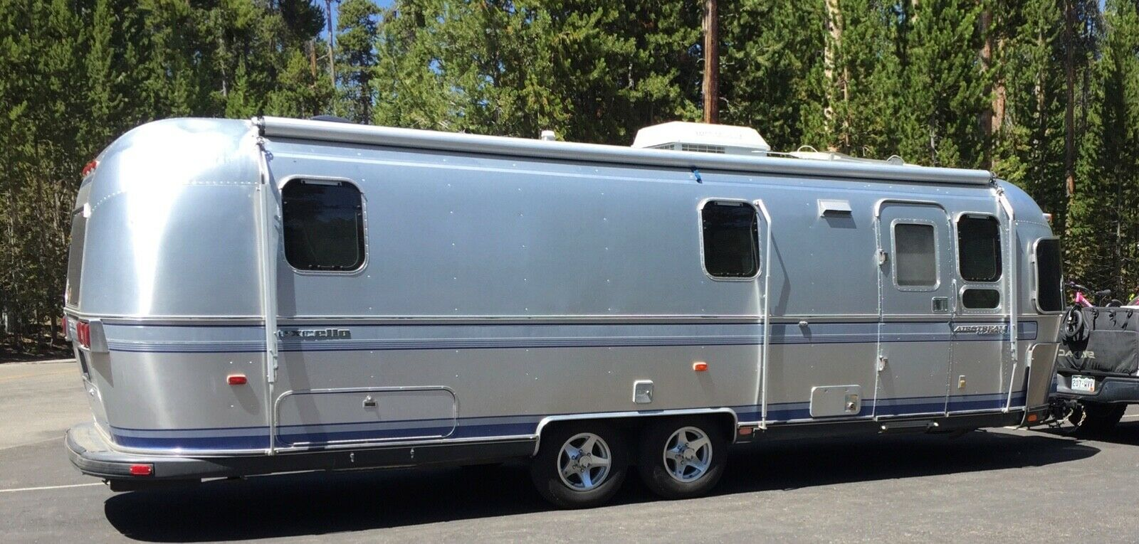 ready for camping 1995 Airstream Excella camper