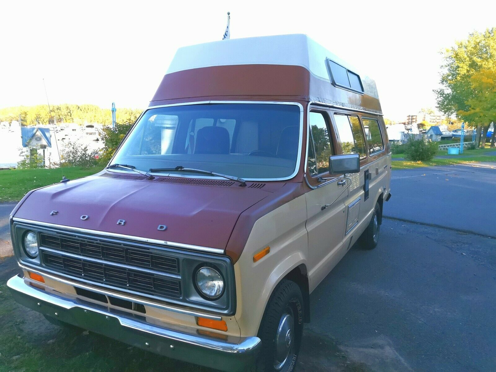 original 1978 Ford Econoline 150 camper