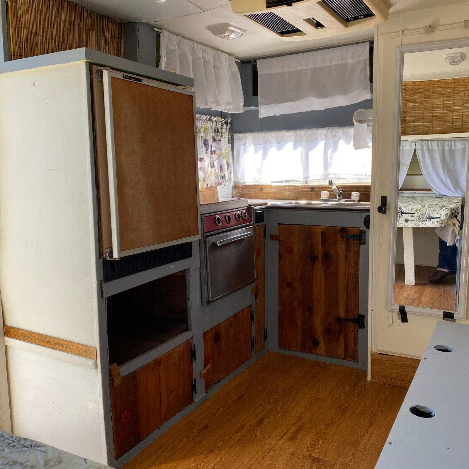restored 1977 Metoo 249 CT camper