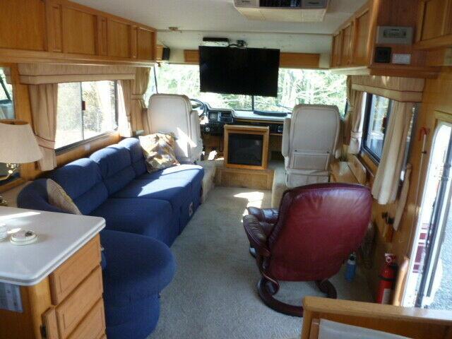 custom built 1993 Foretravel Grandvilla unihome camper